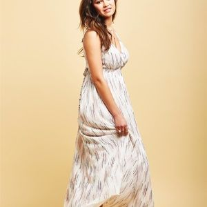Flowy maternity chiffon dress